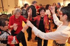 Dancing to Macaroon 5 (Glen Rock JC's House Band) IMG_5804